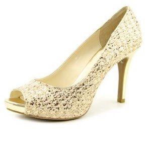 Audrey Brooke Gold Peep Toe Heels sz 9